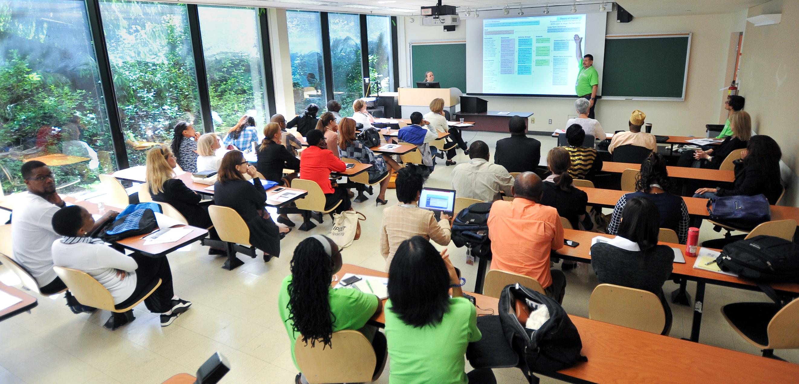 Teilnehmende eines IPDET-Workshops in Ottawa. © Zentrum für universitäre Weiterbildung ZUW, Universität Bern