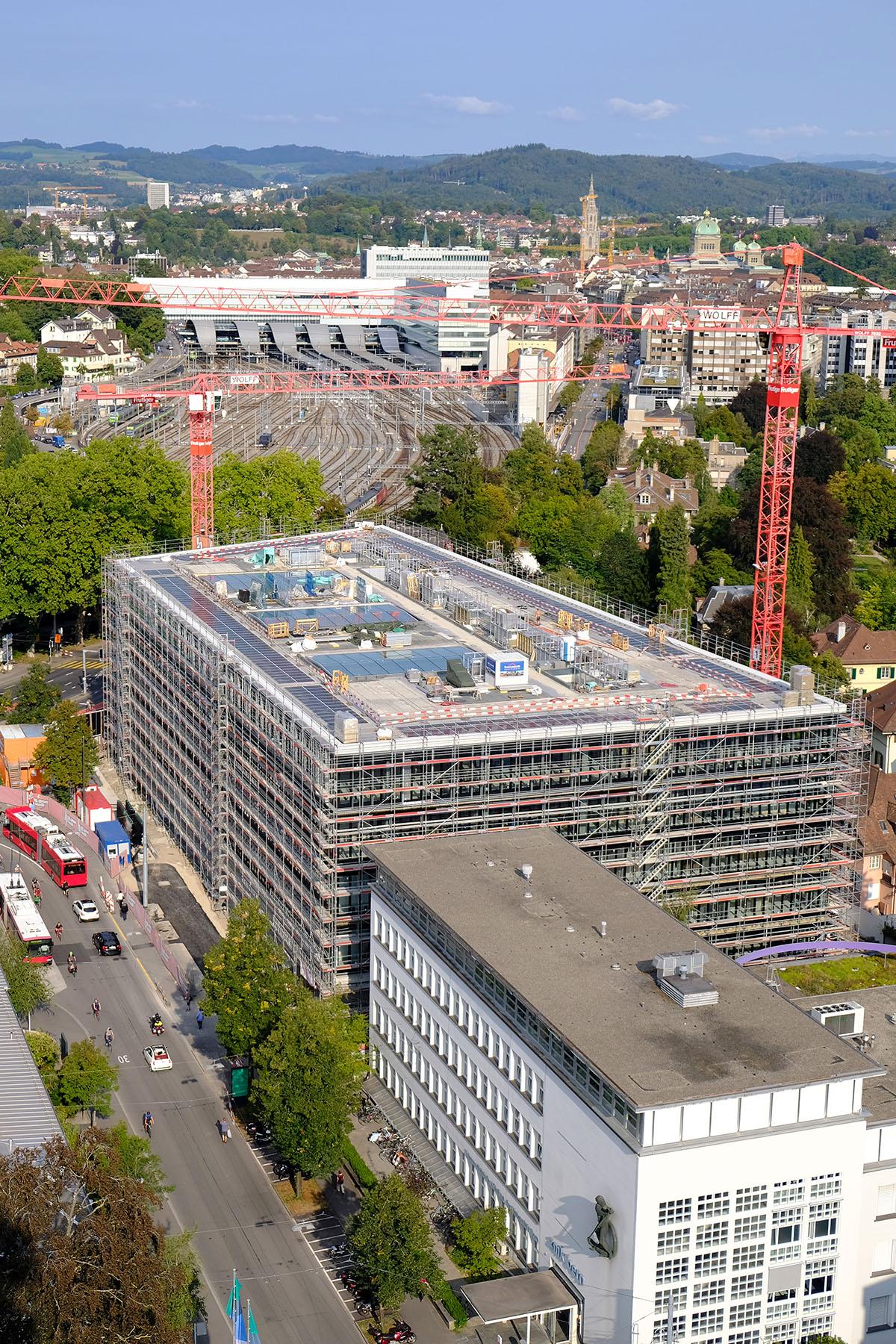 Aufbau von sitem Insel, dem nationalen Zentrum für Translationale Medizin und Unternehmertum in Bern. Bild: Universität Bern / Vera Knöpfel