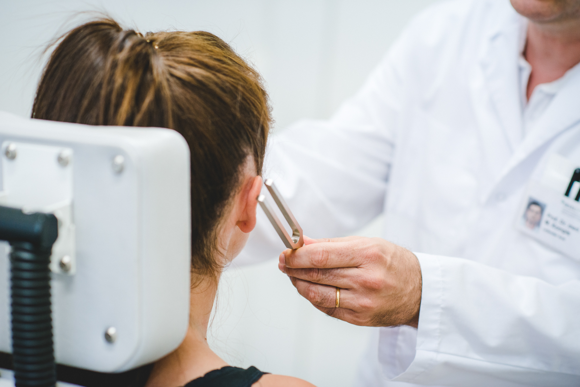Audiological examination, University Department of Ear, Nose, Throat (ENT), Head and Neck Surgery, Bern University Hospital.   © Tanja Läser for Insel Gruppe AG