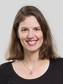 Dr. Aline Schögler
