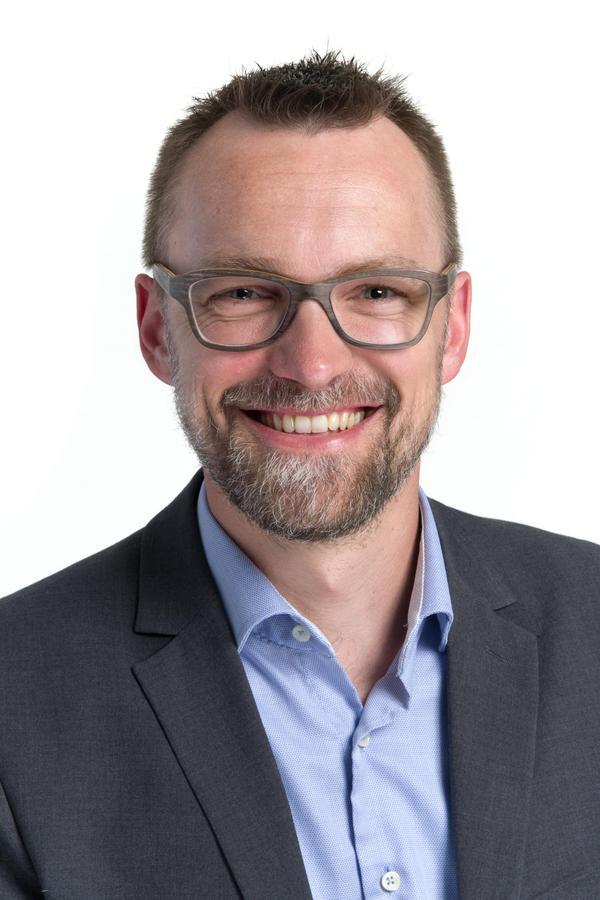 Dr. Matthias Stürmer
